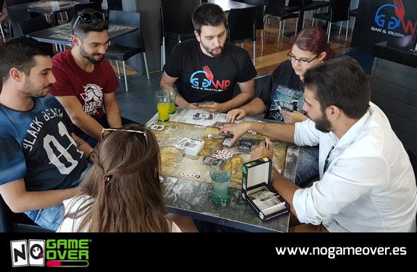 bar-gamer-madrid-restaurante-gaming-ggwp-partidas-ngo-07-17 foto 2