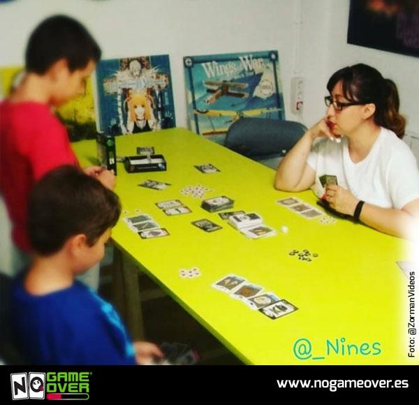juego-cartas-videojuegos-no-game-over-angeles-1