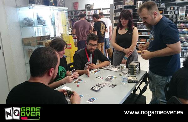 juegos-de-cartas-frikis-no-game-over-evento-gen-x-05-2016-foto-2