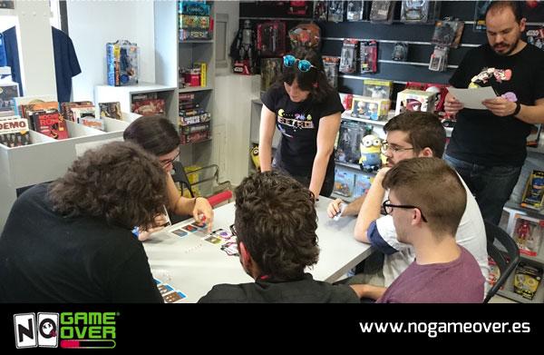 juegos-de-cartas-frikis-no-game-over-evento-gen-x-05-2016-foto-3