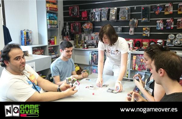 juegos-de-cartas-frikis-no-game-over-evento-gen-x-05-2016-foto-4