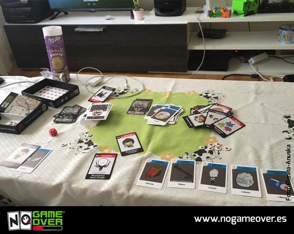 juegos-de-mesa-no-game-over-jugones-Elenita-Anuska