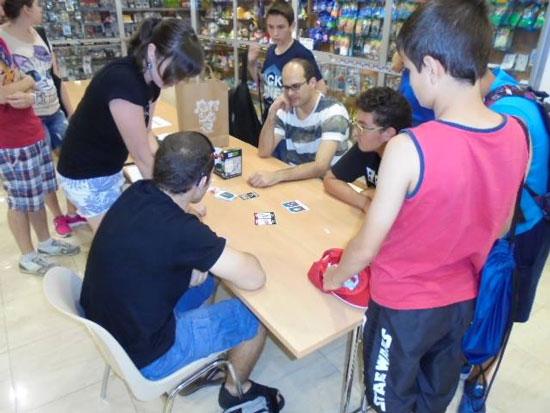 tienda-de-juegos-de-mesa-ateneo-comics-alicante-fotos-evento-julio-1