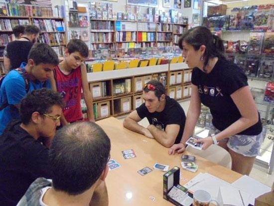 tienda-de-juegos-de-mesa-ateneo-comics-alicante-fotos-evento-julio-3