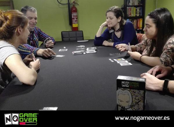 tienda-de-juegos-de-mesa-cuarto-de-juegos-no-game-over-foto-2