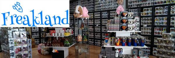 tienda-friki-merchandising-videojuegos-anime-sevilla-freakland